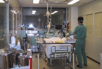 東館集中治療室の個室
